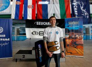 Любомир Стефанов. Seaonmad Freediving Team на Naissub Freediving Cup 2011 в Ниш, Сърбия. Фотография Tихомир Рачев за списание Diving BG