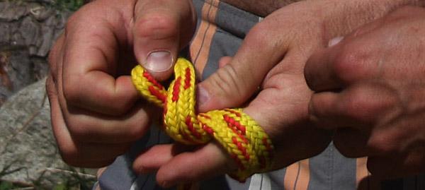 Въжето и възлите / снимка: Курс за рафтинг гидове 2011 - Кресна