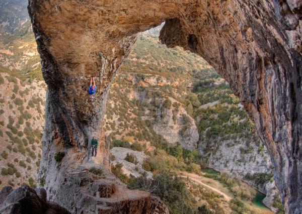 climbing El Delfin