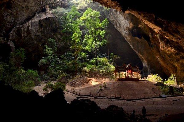 Прая Накхон, Тайланд