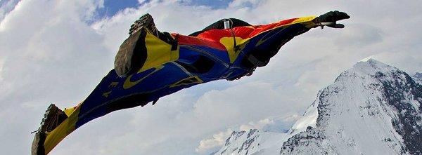 Полет с уингсют от Еверест на 11-ти май
