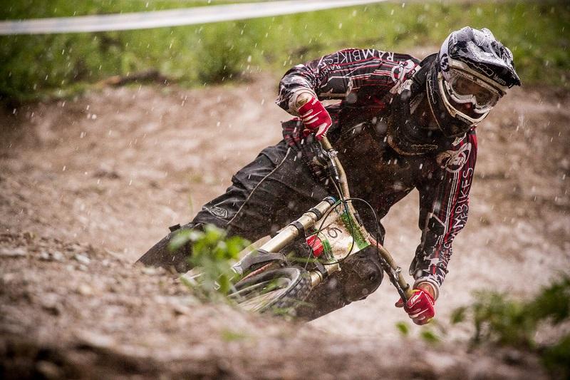 Александър Илиев от отбора на RAM bikes