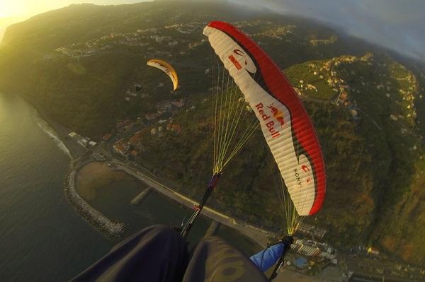 Весо Овчаров и Петър Лонкар в небето над Мадейра
