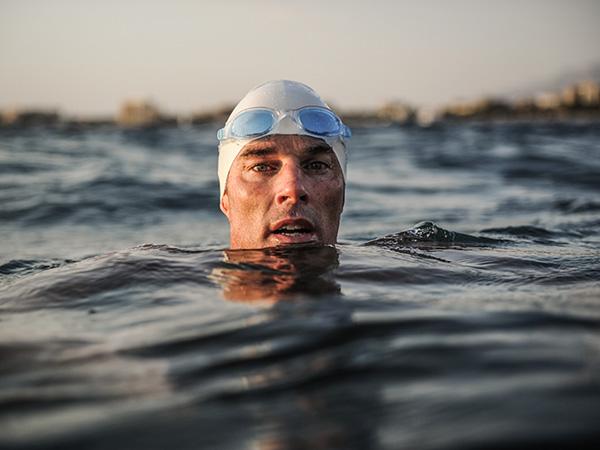 Люис Гордън Пю преплува седем морета