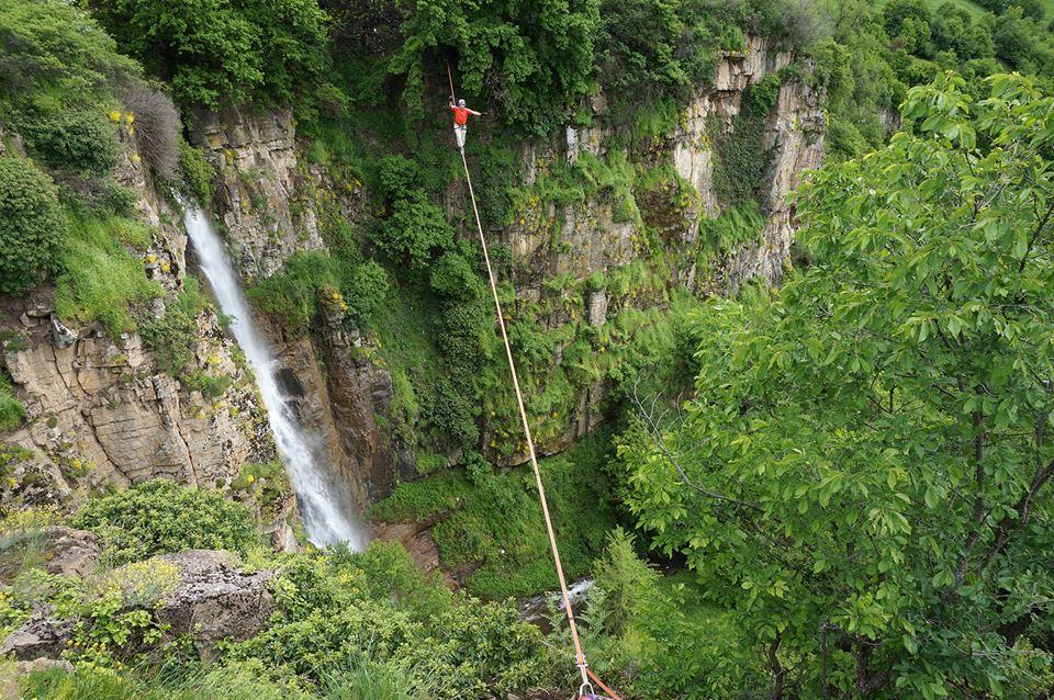 """""""МЪЖО"""" - 54 м дължина, 41 м височина, водопадът край село Бов"""