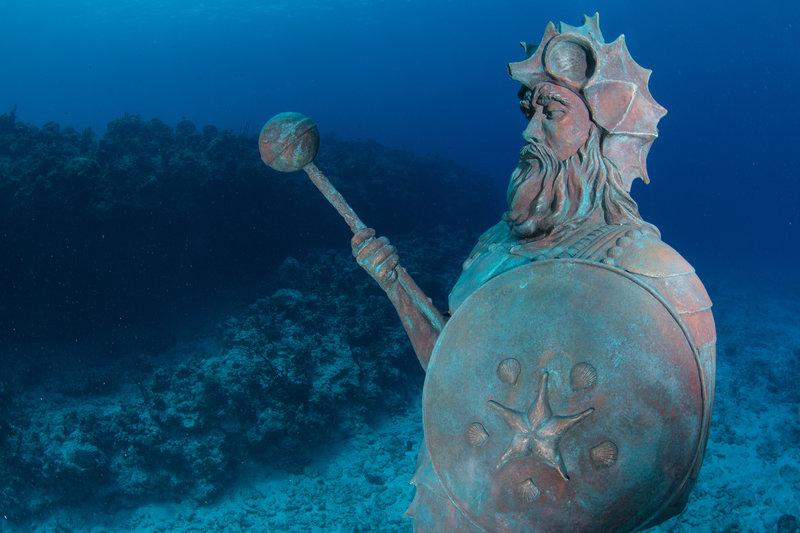Подводни статуи - Гранд Кайман