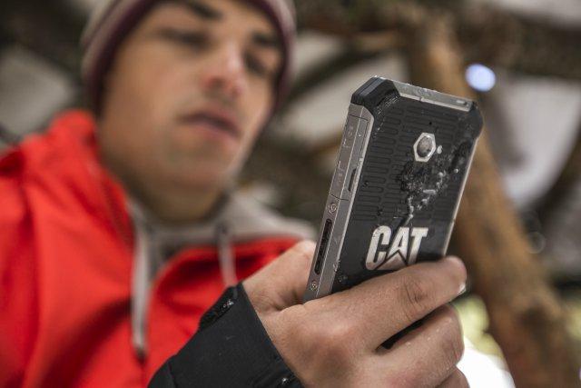 Денят на Георги Георгиев от Never Know със CAT