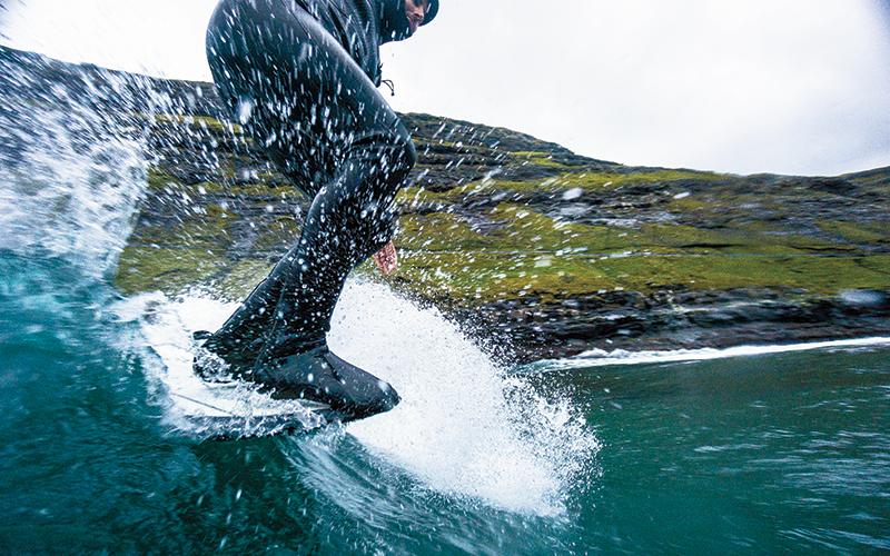 """""""Фиордът"""": Крис Буркард на Фарьорските острови - Джъстин Кинтал"""