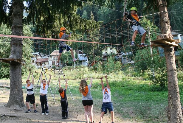 Приключенско училище по планинарство