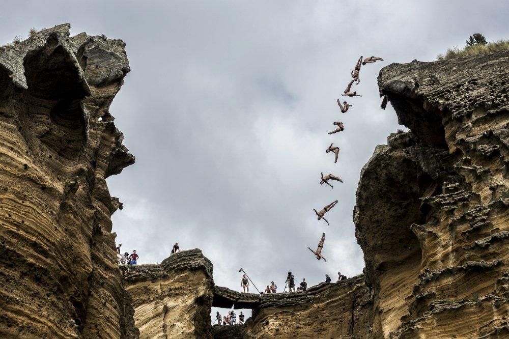 Steven LoBue. Снимка: Red Bull Cliff Diving