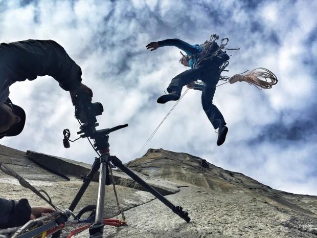 """""""Гугъл"""" с първи вертикален Street View - Алекс Хонолд"""
