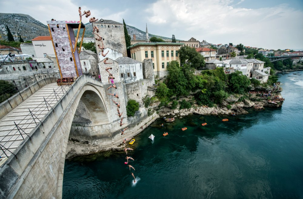 Гари Хънт, Red Bull Cliff Diving