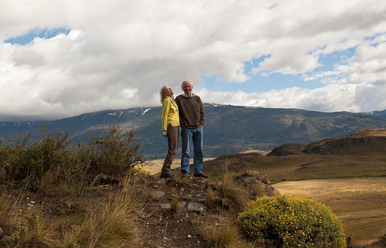 Дъг Томпкинс със съпругата си Крис в един от парковете в Патагония. Снимка: Pablo Cabado