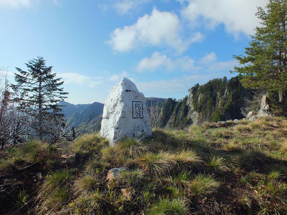 1500 км по сухоземните граници на България