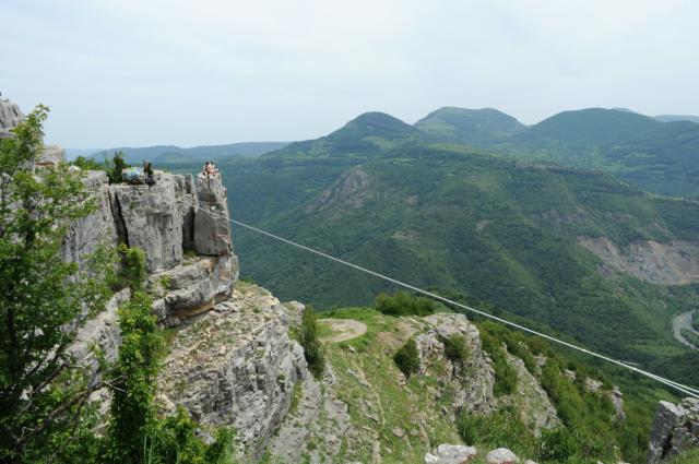 """От край до край, 31-метровият маршрут """"Само малко"""" и назад Стара планина."""