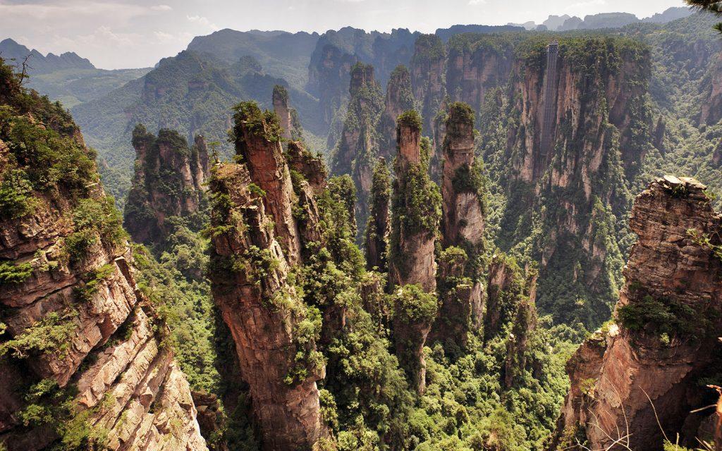 Zhangjiajie climbing China