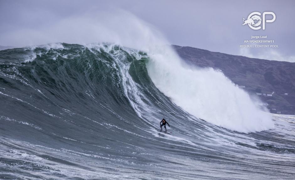 Андрю Котън по крайбрежието на Ирландия