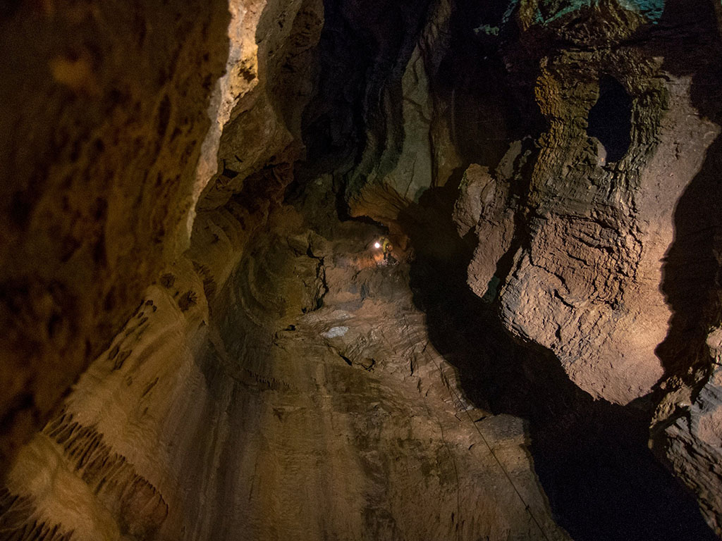 Колкина дупка
