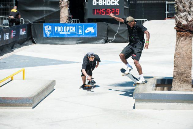 стрийт скейт