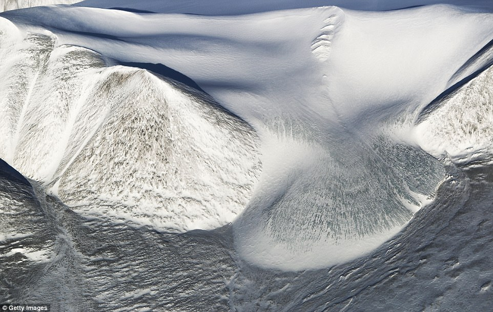 Арктика: величествени ледници и царствени планини