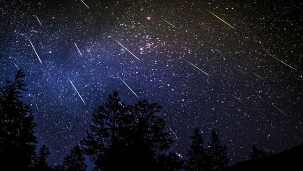 Персеиди, падащи звезди