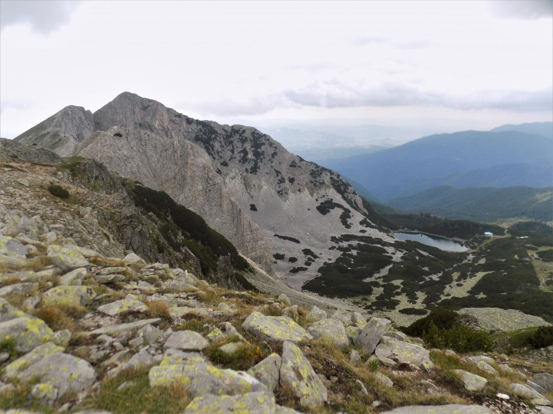 връх Синаница и хижа Синаница