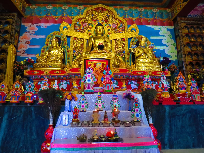 Тибетски храм, Бир автор: Ира Кюрпанова