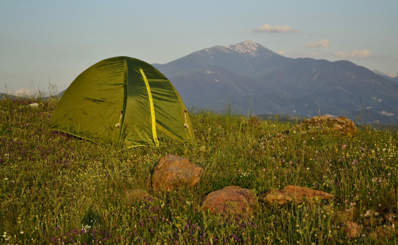 палатка vs. хотел