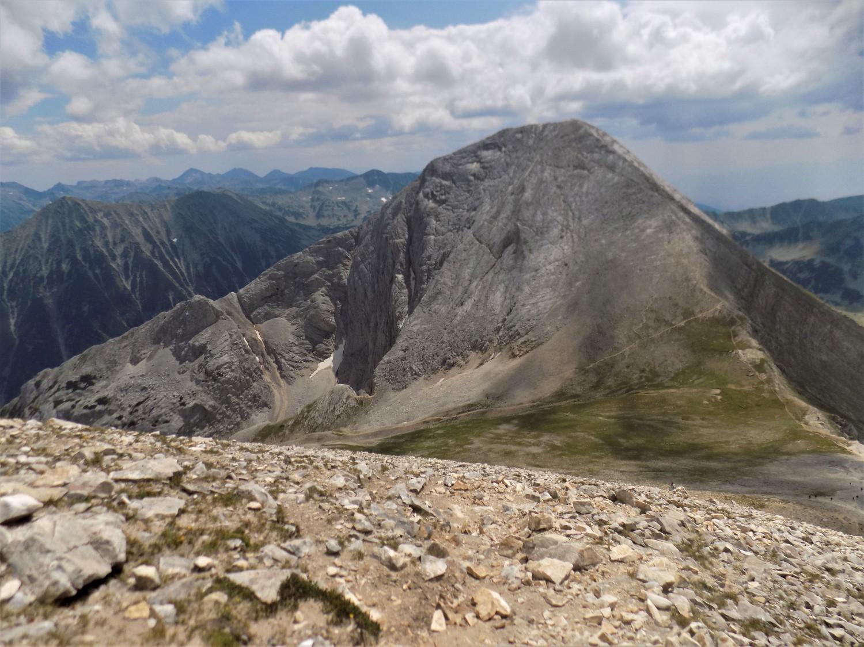 Поглед от връх Кутело