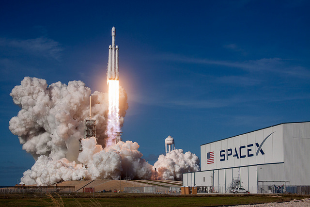 Falcon Heavy, SpaceX