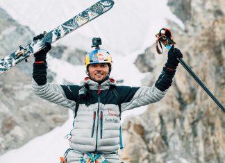 Първо спускане със ски от К2