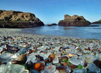 Стъкленият плаж в Калифорния