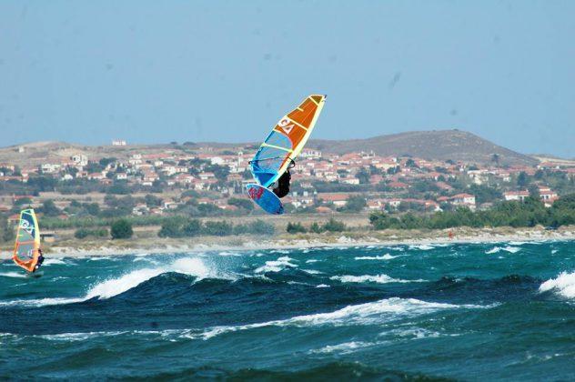 Пролетно сърф джамбуре
