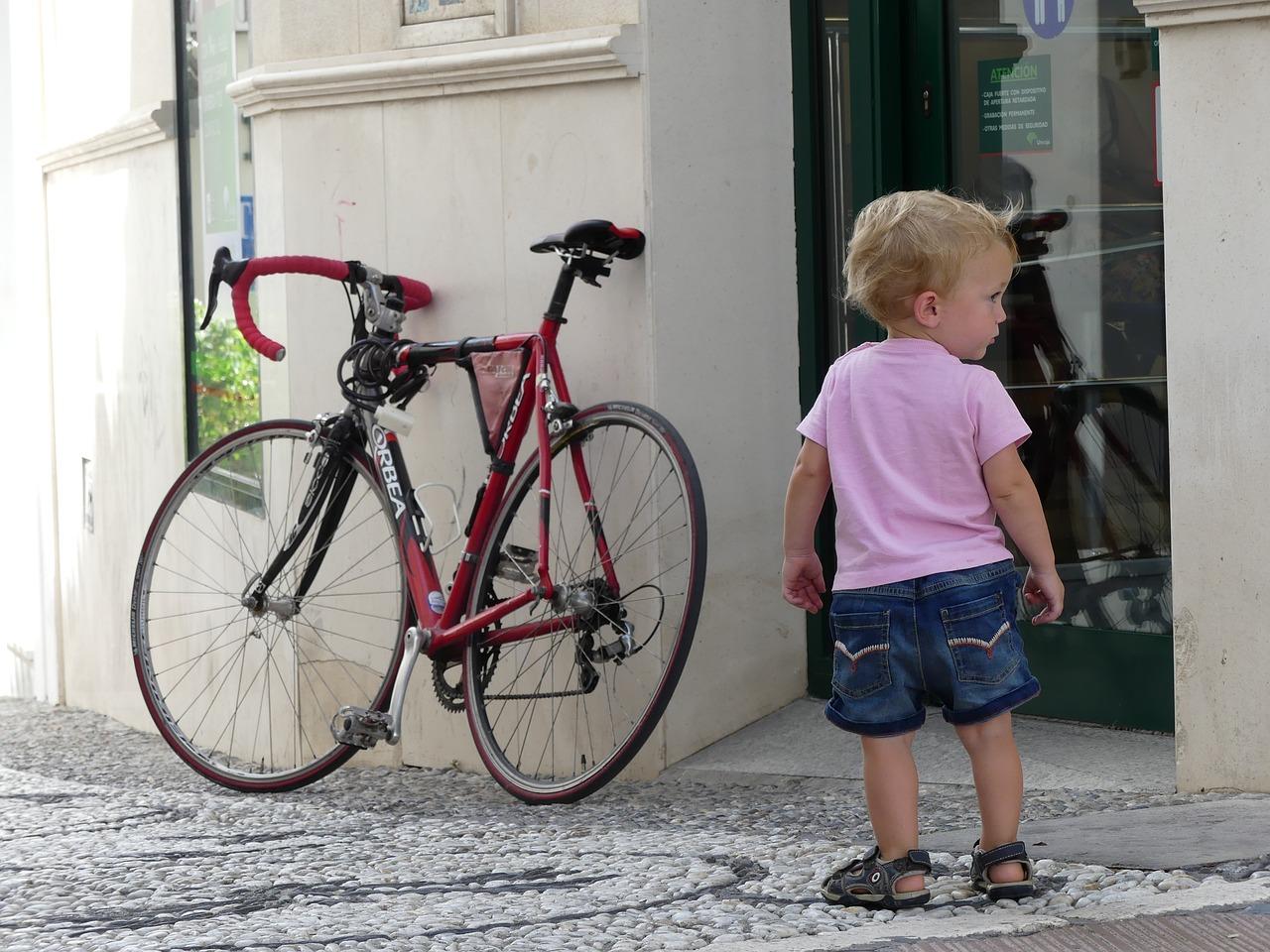 Да научим детето да кара колело