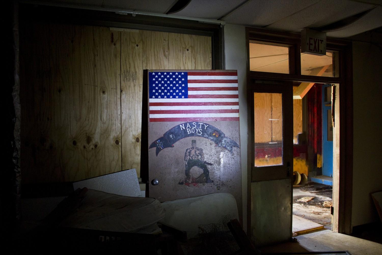 В мазето на казармено помещение във Fort Ord