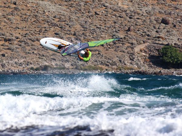 Naish/Crazy Island Open (фотография: Борислав Борисов, райдър - Симеон Иванов)