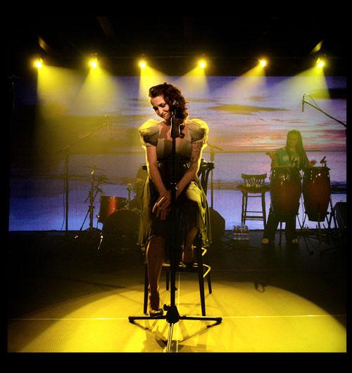 Рут на сцената