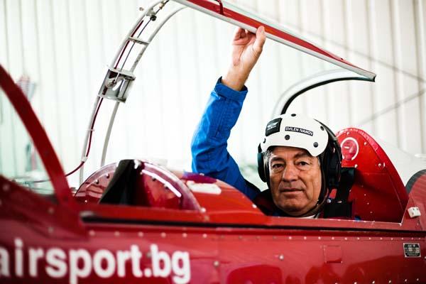Свилен Иванов - акробатичен пилот и инструктор