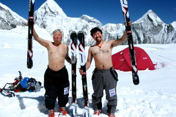 Miura на Еверест на 70 г.