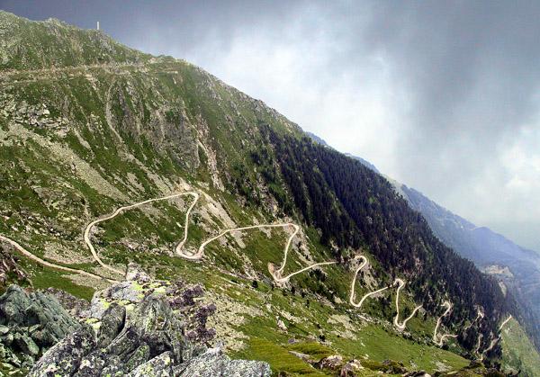 Road  to Kalin
