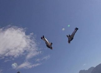 Wingsuit Freestyle Soul Flyers