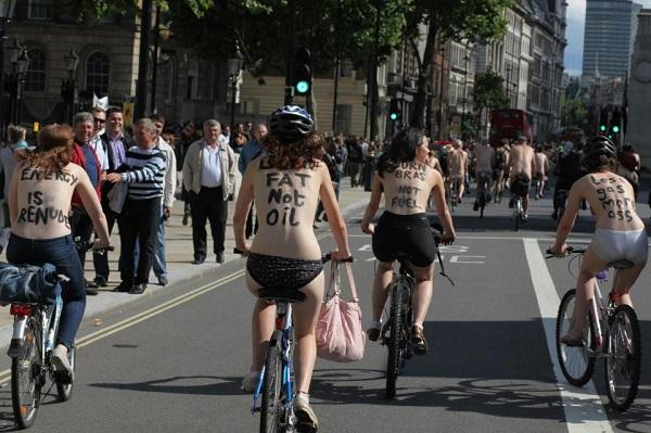 Световният ден на голото колоездене - World Naked Bike Ride
