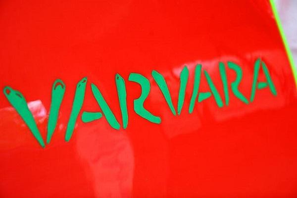 """Българските бодибордове VARVARA """"посичат"""" вълните"""
