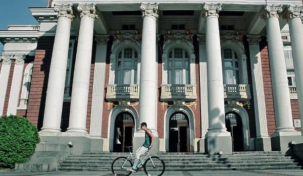 """Новото видео на Мартин Раднев """"Fix your day"""""""