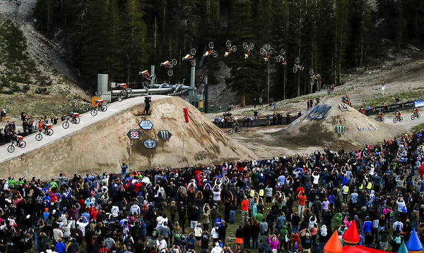 Кам Зинк от MONSTER ENERGY постави световен рекорд за най-дълго задно салто с маунтин байк на дърт