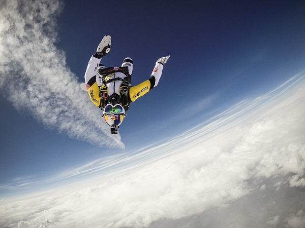 Skydivers Jump At 33,000 Feet Above Mount Blanc, France