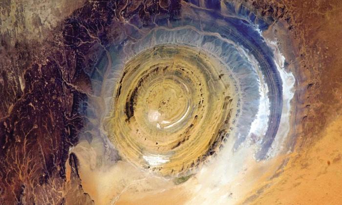 """Структурата Ришат, наричана още """"Окото на Сахара""""."""