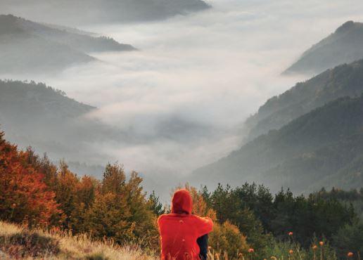 Изгрев от връх Ирикуту, Родопи