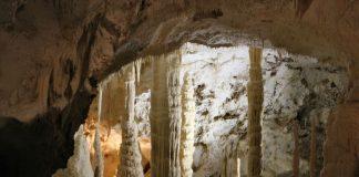 Google Street View влезе в две италиански пещери - Гроте ди Фрасаси
