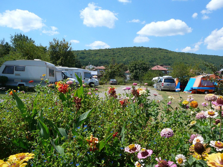 Из къмпингите на България: Къмпинг Зора